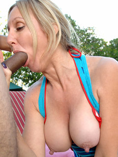 Busty Anilos babe gets her mature pussy pounded by the pool