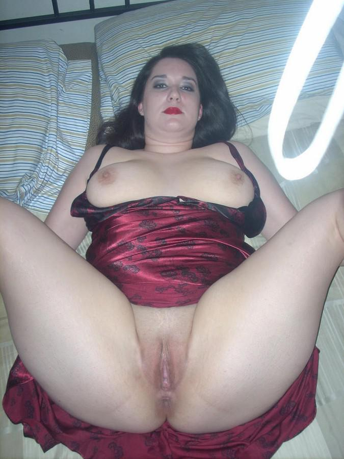 mature mom hairy pussy outdoors
