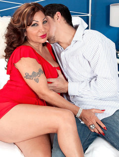A Big-assed Latina With Big Tits And Dick-sucking Lips