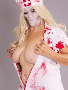 Happy Halloween Guys and time to do my Rounds as The Zombie Nurse I just need to make sure all the Patients are Dead Qui