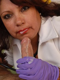 Mature Mexican Doctor Gives Blowjob / Picture # 14