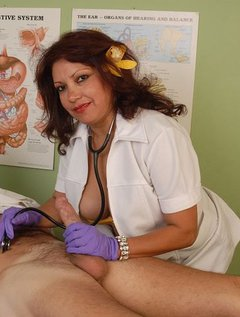 Mature Mexican Doctor Gives Blowjob / Picture # 12