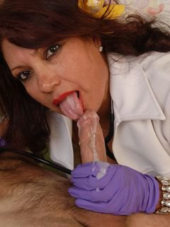 Mature Mexican Doctor Gives Blowjob