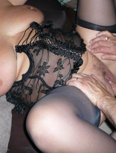 Italian mature aunty fucking with young boy / Picture # 0
