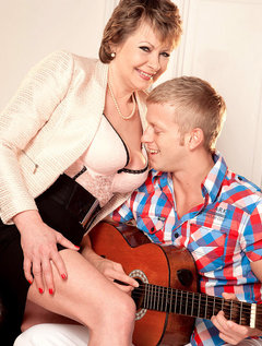 Young Student Strikes Chord With 54-year-old Milf/gilf