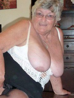 Few pictures of Grandma relaxing at home using my coffee table to best advantage and I show off my BBW bodysoft pendul