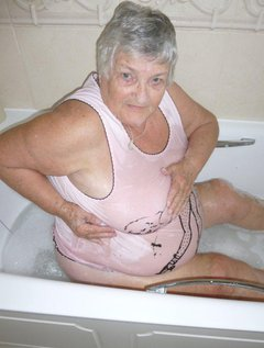 Once again at an hotel with a member taking my pictures.Grandma decided she needed a bath and what better place to tak