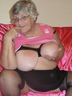 Grandma Libby in the pink again for you.I know you all like to see this old BBWs body so give yourself a treat and com