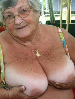 You only have to show Grandma Libby a camera andshe gets sexy thoughts.Posing for you all in front of a camera makes