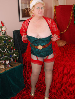 Happy Holidays to all of youDecorating my cute little tree makes me want to pose in my Christmas outfit for you hehe.