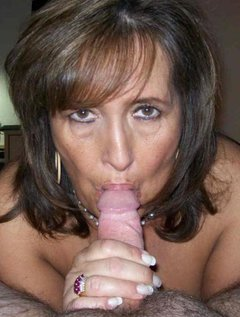 Mature kink lesbian orgy / Picture # 3